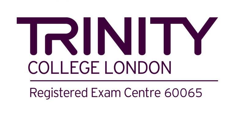 Copia de Trinity_Centre_60065_Logo.jpg (1)